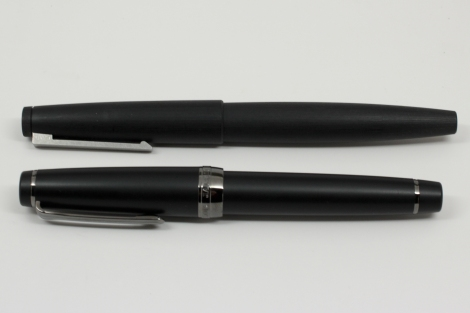 Sailor 1911 Professional Gear Imperial Black Edition - Lamy 2000 Size Comparison