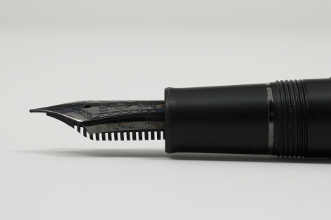 Sailor 1911 Professional Gear Imperial Black Edition - Nib and Fins