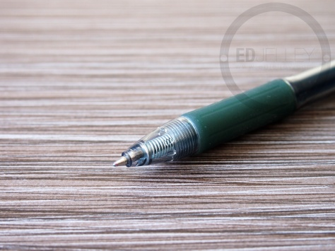 Zebra Sarasa 0.7mm Dark Green Gel Ink Pen Review 11