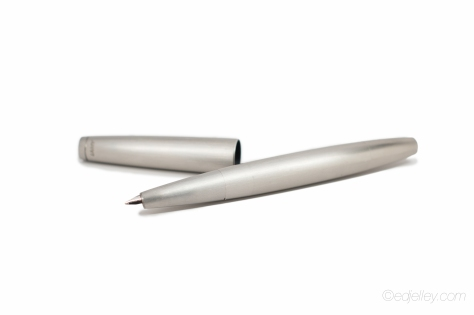 Lamy 2000 Fountain Pen Stainless Steel Review-4
