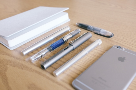 Stationery in Colors-Aluminum-3