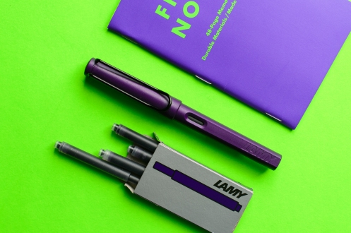 00-Lamy Safari Dark Lilac Fountain Pen Review-Header