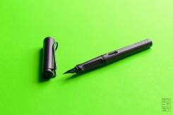 Lamy Safari Dark Lilac Fountain Pen Review Jetpens-6