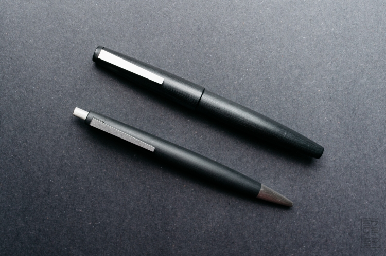 Lamy 2000 Ballpoint Pen Review-6
