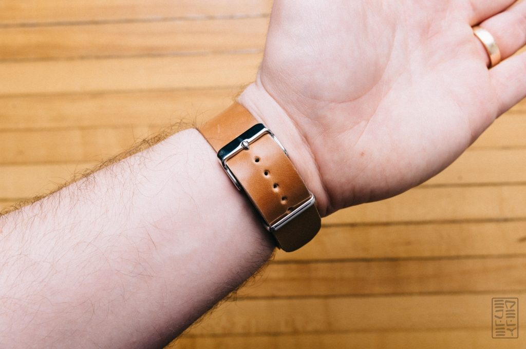 one-star-leather-goods-notebook-cover-watch-strap-review-13