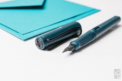 Lamy Safari Petrol Fountain Pen Reivew-5