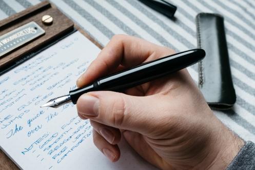 Wacher Ebonite Urushi Fountain Pen Kickstarter-9