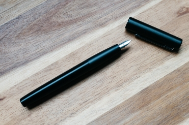 Lamy Aion Black Fountain Pen Review-6