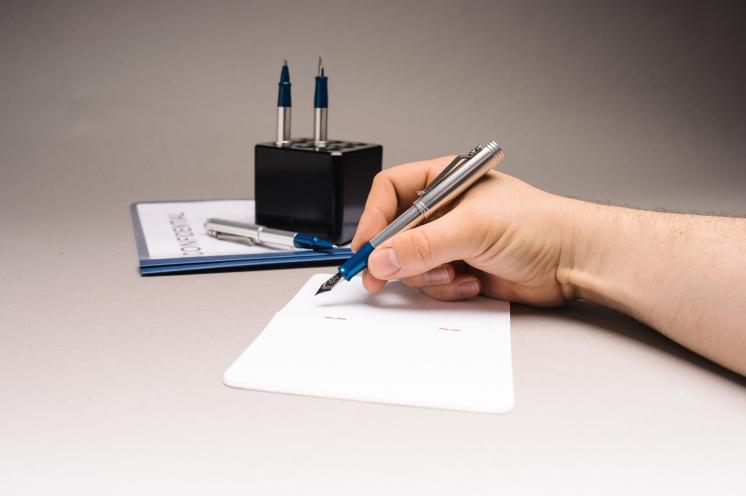 Karas Reaktor Fountain Pen Review-17