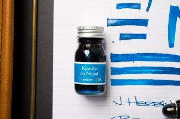 J Herbin Kyanite Du Nepal Ink Review-13