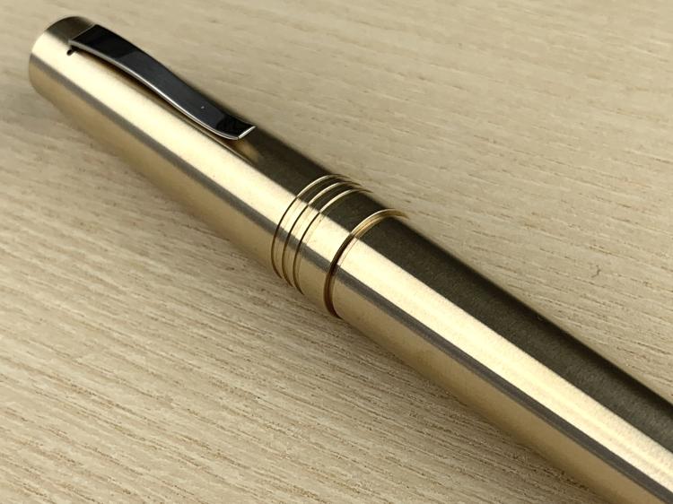 italia-fountain-pen-brass-4