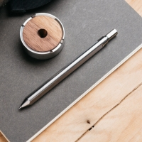 Review: Grovemade Titanium Pen & Stand
